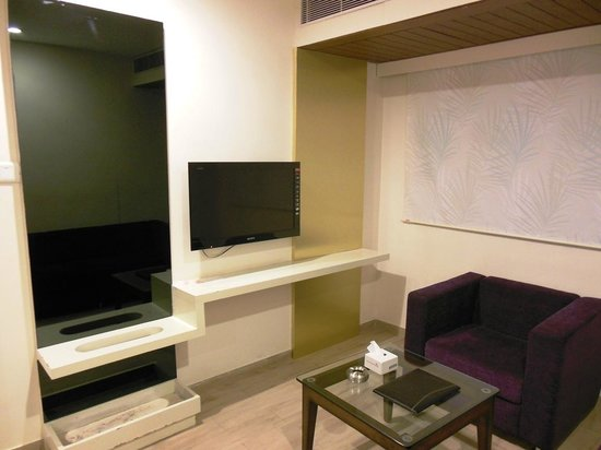 Hotel Ananth Executive:                   Suite Room
