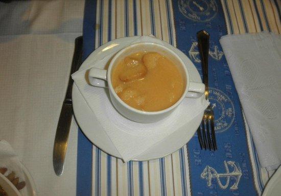 El Chacalote:                   crema de marisco o langosta