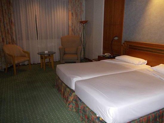 Amari Don Muang Airport Bangkok:                   及第点の部屋