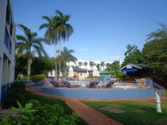 Toby's Resort:                   Alrededores