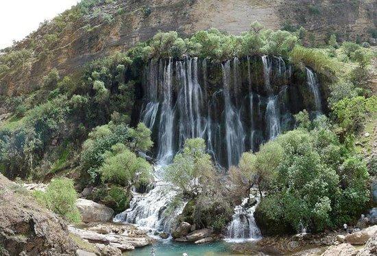 Khorramabad, อิหร่าน:                   BISHE Waterfall