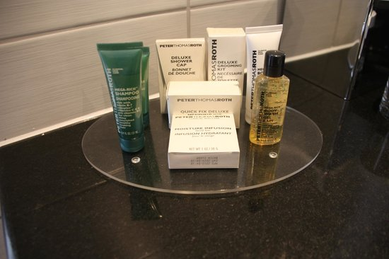 Hilton London Olympia:                   Bath Amenities