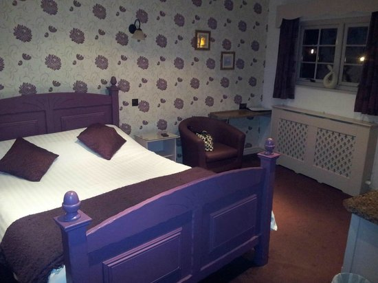 Mill Forge Hotel:                   Room 34