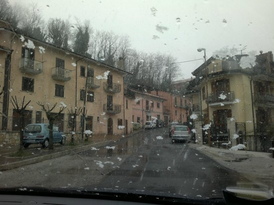 Ristorante Agriturismo La Serenella :                   neve 2