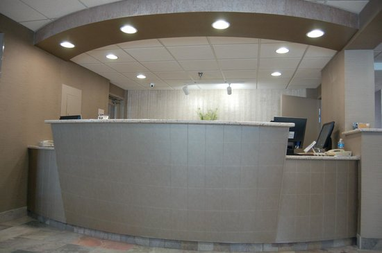 Brentwood Inn and Suites: New Lobby Area
