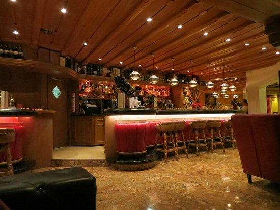 Gran Baita Sport & Wellness Hotel:                   De Bar