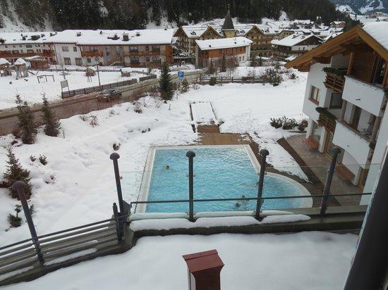 Gran Baita Sport & Wellness Hotel:                   Buitenzwembad