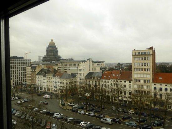 Sofitel Brussels Le Louise:                   vue du 6ème étage