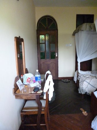 Abuso Inn:                   our nice room
