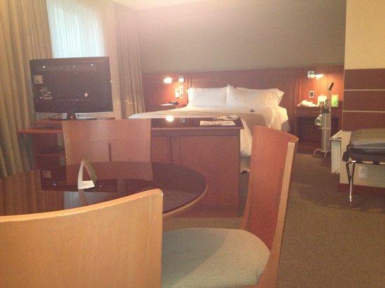 Camino Real Suites: Suite 5 Piso