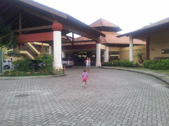 Promenade Angra dos Reis:                   Entrada do Lobby