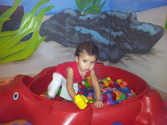 Promenade Angra dos Reis:                   kids club