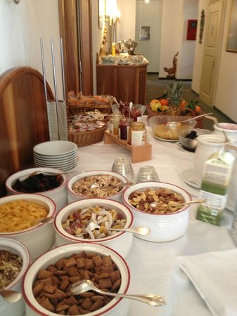 Hotel am Stetteneck:                   Rich breakfast