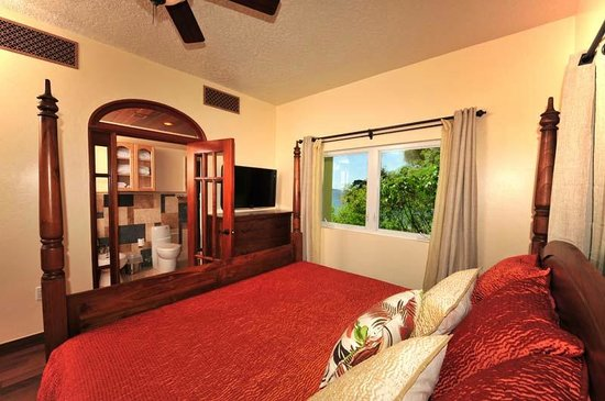 Sea Shore Allure: One Bedroom/ One Bath Honeymoon Suite