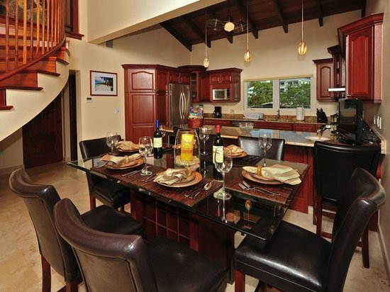 Sea Shore Allure: Three Bedroom Dining Room & Kitchen