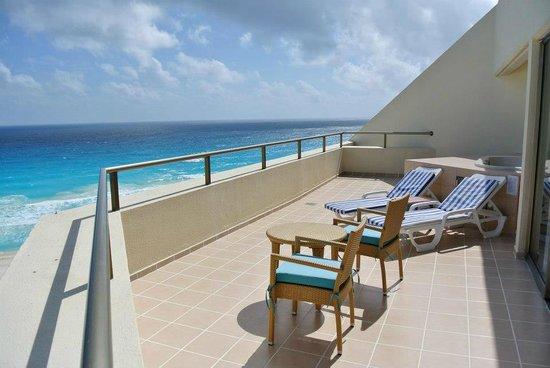 Iberostar Cancun:                   Jr suite view!