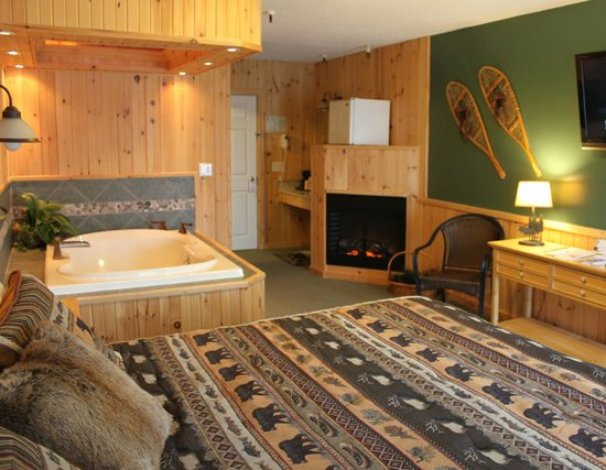 Vacationland Inn: Lodge Suite