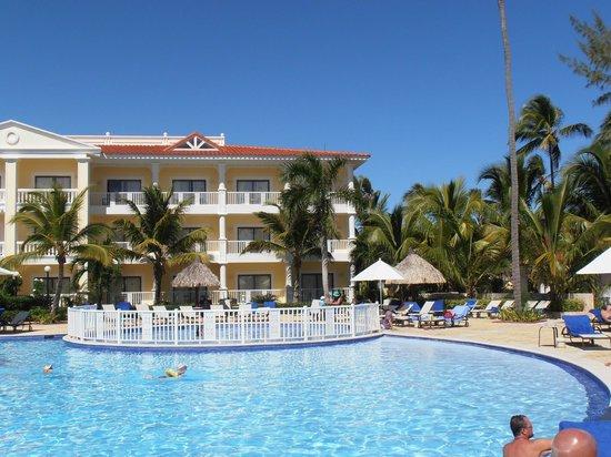 Luxury Bahia Principe Esmeralda Don Pablo Collection:                   Building 90