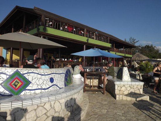 SuperClubs Rooms on the Beach Negril : Ricks Cafe