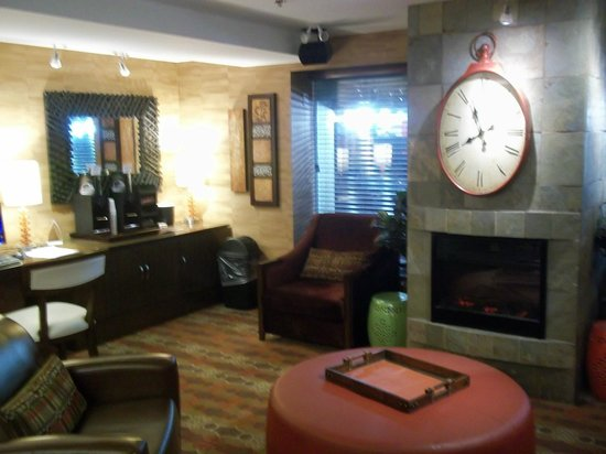 Comfort Inn Downtown: Hotel Lobby