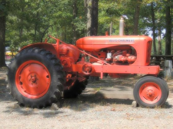Small Country Campground: Tractor