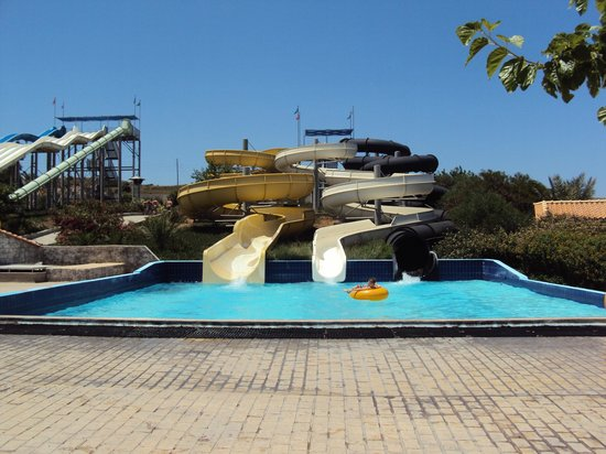 Lido Waterpark:                   fun fun fun!
