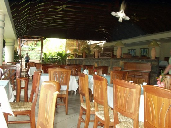 Maritim Resort & Spa Mauritius:                   main dining area