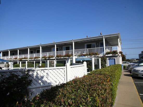 Monterey Bay Lodge:                   Hotellet