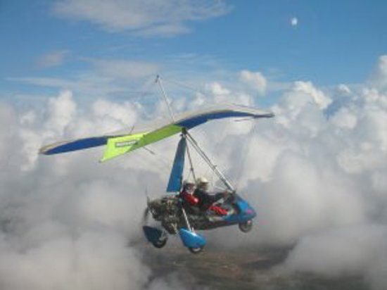 Flying Flexwings Microlight Flights: The best way to soar above the clouds is in a microlight!