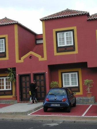 Los Molinos:                   Vooraanzicht appartement