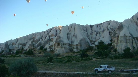 Atmosfer Balloons:                   rose valley