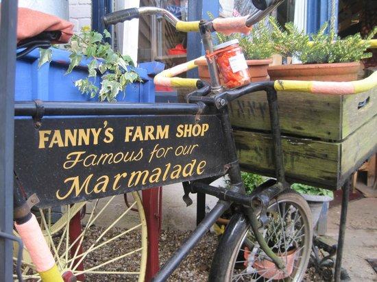 Fanny's Farm Shop:                   Farm Shop entrance