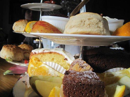 Fanny's Farm Shop:                   Sweet & Savoury Afternoon Tea