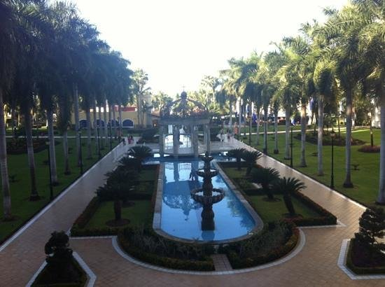 ClubHotel RIU Jalisco:                   view from lobby bar.