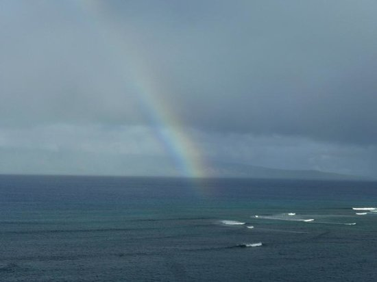 Valley Isle Resort: Rainbows viewed from our balcony unit 1105