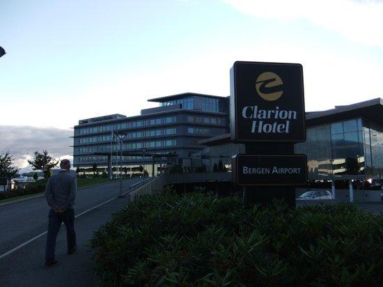 Clarion Hotel Bergen Airport: Hotel Exterior
