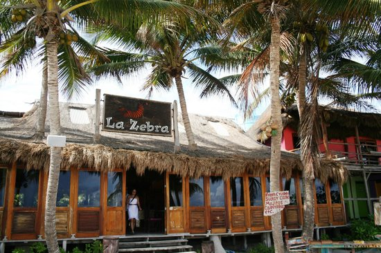 La Zebra:                   bar/restaurant beach entrance