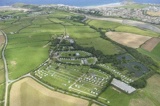 Trevella Holiday Park: Trevella in relation to Fistral Beach