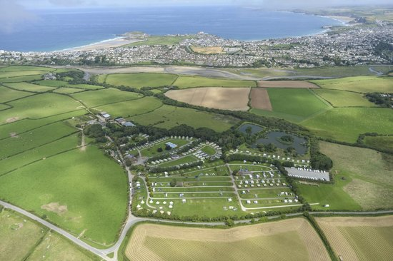 Trevella Holiday Park: Trevella in relation to Newquay