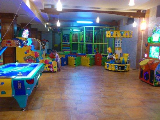 Hotel Russia :                   детская комната