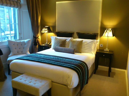 Fraser Suites Edinburgh:                                     Room 509 (avoid for the building site) otherwise, lovely