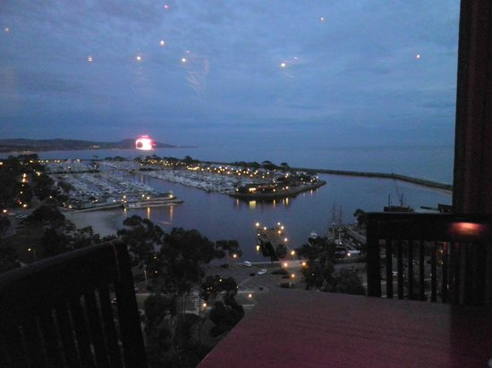 Cannons Seafood Grill:                   What a view!