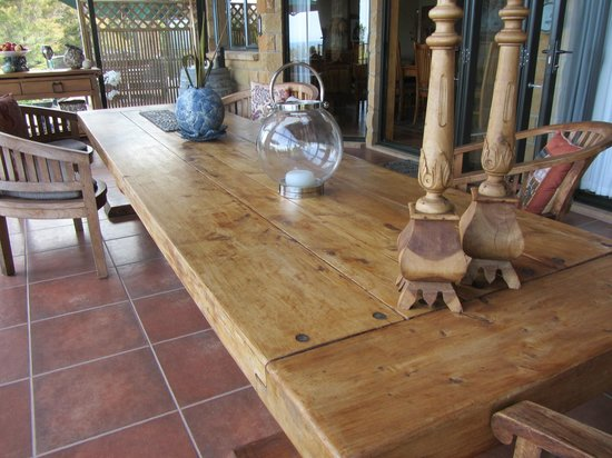 Colleith Lodge:                   table