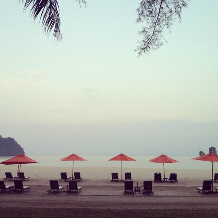 Tanjung Rhu Resort:                   beach