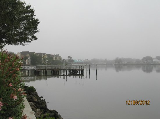 Cedar Cove Beach & Yacht Club: The pier at Cedar Key, home to pelicans and ospreys.