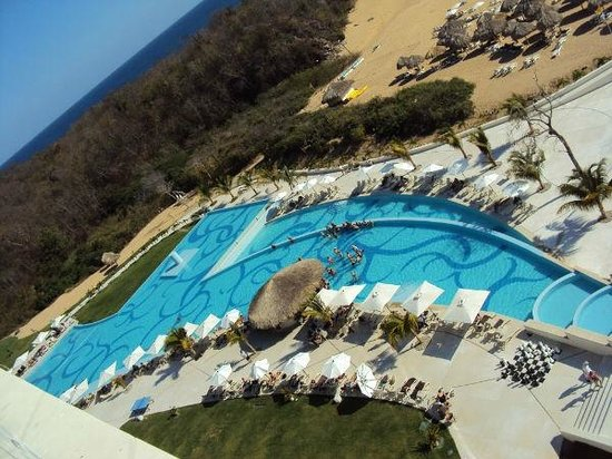 Secrets Huatulco Resort & Spa:                   view from sky bar