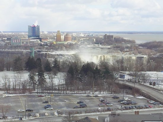 DoubleTree Fallsview Resort & Spa by Hilton - Niagara Falls:                   Room 1815