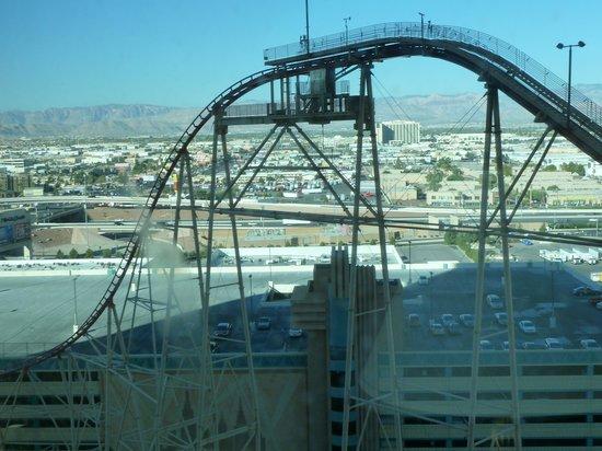New York - New York Hotel and Casino:                   Rollercoaster
