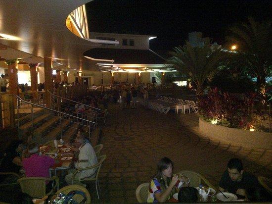 Makabi Cafe & Bar : Terraza