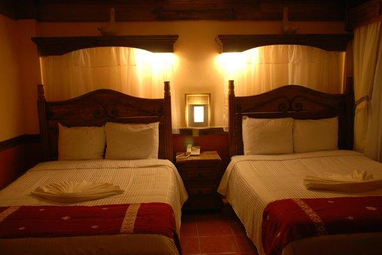 Hotel Mision Colonial: Habitación Doble